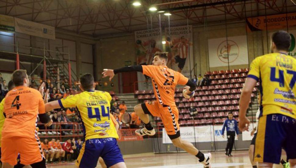 En ataque el pintense Fabrizio Casanova, quien volvió a ser determinante en el triunfo de su equipo.