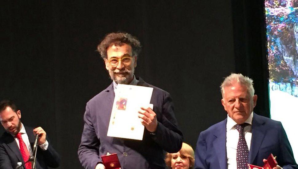 """El 5 de mayo, Julio Lascano inaugura la muestra """"Ya no, aún no"""", en el Maca"""