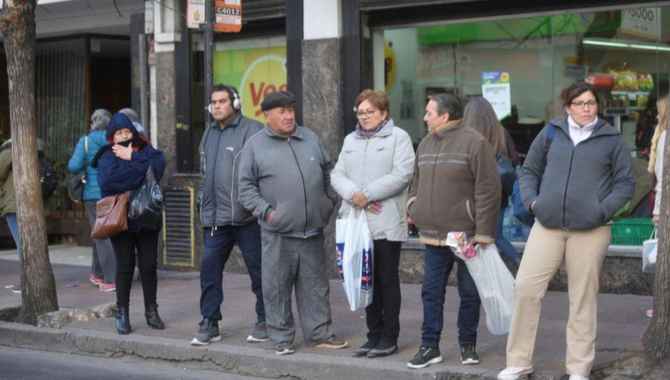 Anunciaron una huelga en los servicios de colectivos el 12 de julio