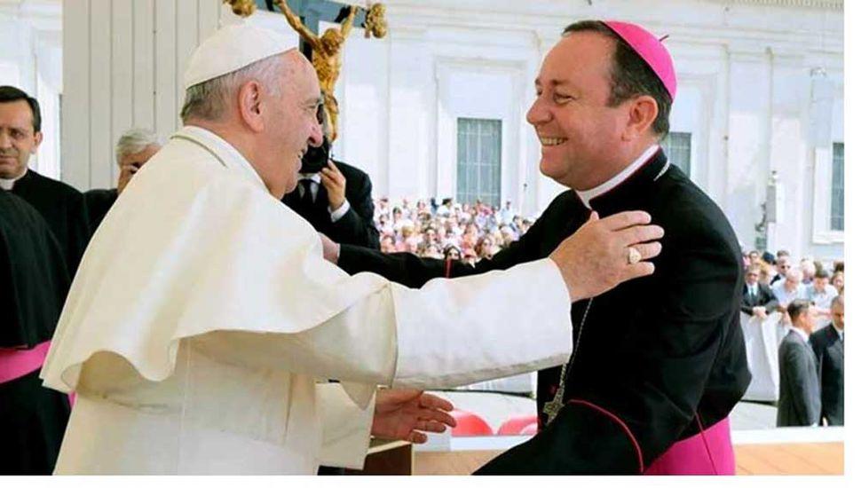 El Vaticano investiga a un obispo argentino acusado de abuso sexual