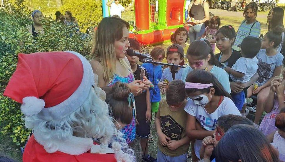 """Decenas de familias celebraron la Navidad en el """"Beto Mesa"""""""