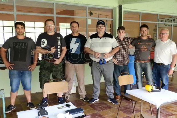Participantes del primero de los tres torneos de verano modalidad FBI.