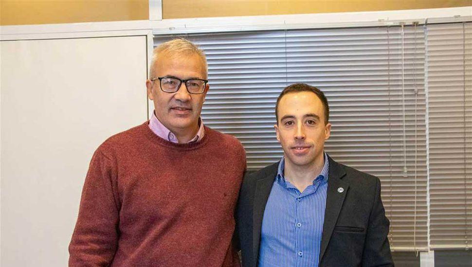 Eduardo Albarello y Franco Castellazzi, del área de Producción municipal.