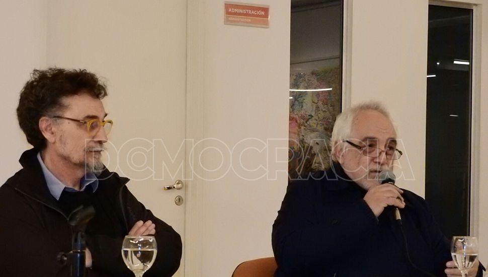 Los artistas Julio Lascano y Eduardo Stupía en el Maca.