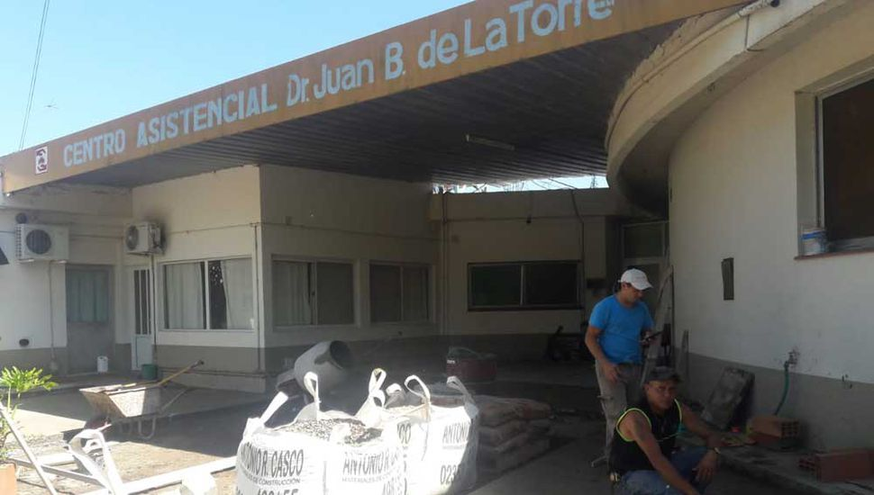 Refacciones en el Centro Asistencial de Ferré.