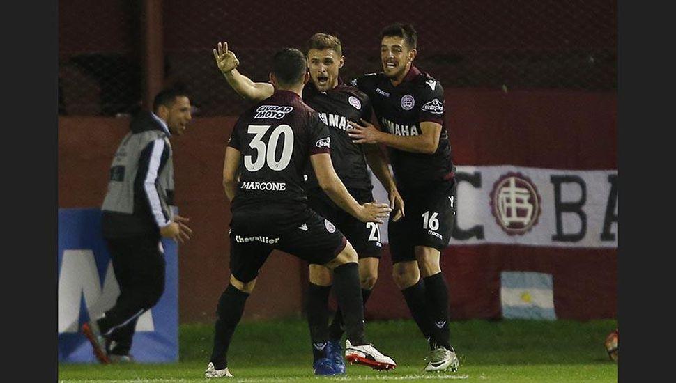 Lanús eliminó a San Lorenzo por penales y es semifinalista
