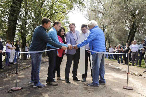 El intendente Salvador Serenal encabezó el acto de inauguración.
