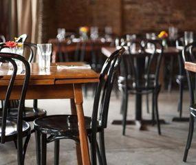 Los bares y restaurantes ya están en funcionamiento.