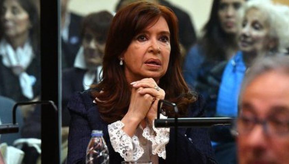 El juicio contra Cristina Kirchner por presuntas irregularidades en la obra pública se reanudará el 3 de agosto