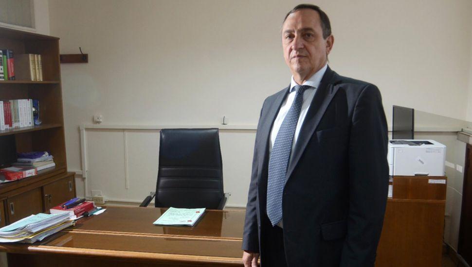 El juez Onildo Stemphelet denunció que le robaron dinero en una casa de citas.