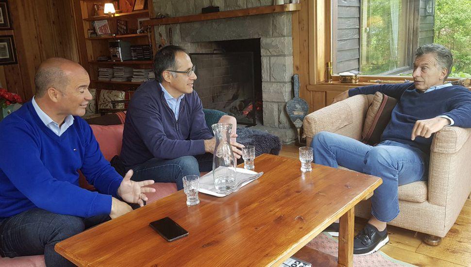 En Villa La Angostura y mientras descansa, Mauricio Macri mantiene reuniones políticas para diseñar la estrategia de cara al año electoral.