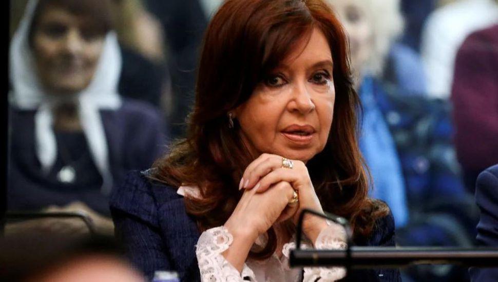 Cristina Kirchner pidió autorización para volver a viajar a Cuba a visitar a su hija