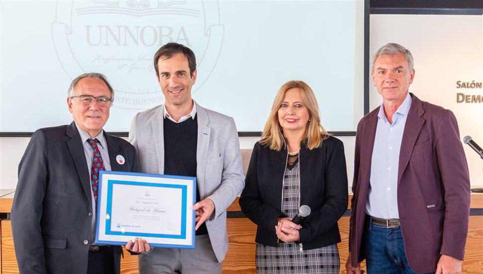 El reconocido profesor Augusto Sola fue declarado Huésped de Honor de Junín.