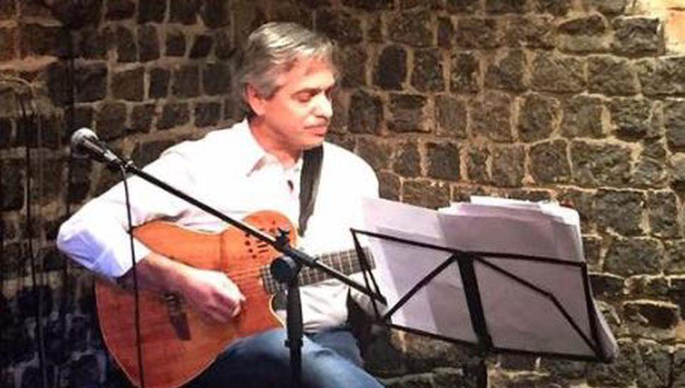 Alberto Fernández y un insólito spot de campaña con una canción de los Beatles