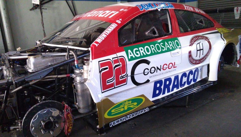 José Carlos Montanari debuta en Top Race Series con el Ford N° 22 del equipo AA Sport.