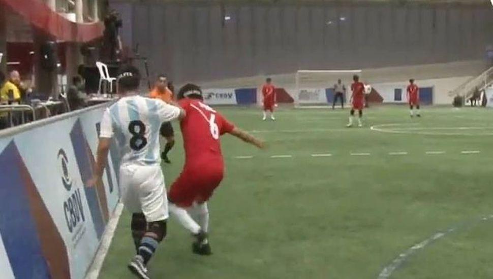 El conjunto nacional de fútbol  para ciegos se impuso a Chile
