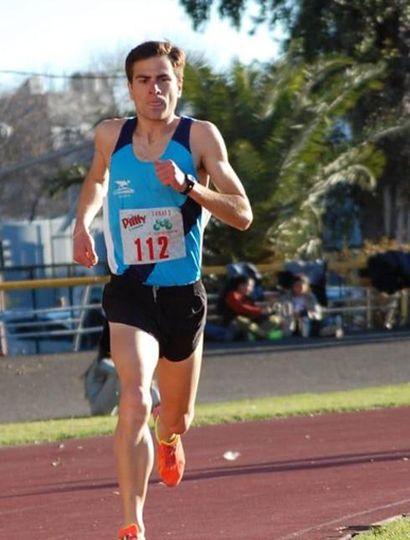 """Marcelo Anca, de 9 de Julio y """"Los Flamencos"""" de Junín, ganó en 1.500 m."""