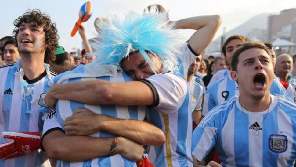 Perdieron las entradas para ver a Argentina pero las recuperaron de una manera insólita