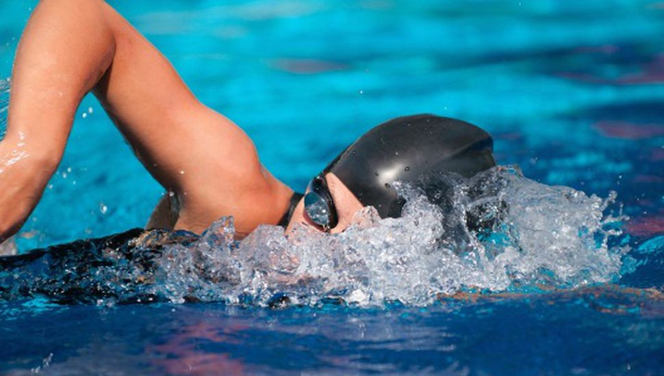 Empleados municipales tendrán descuentos en natación