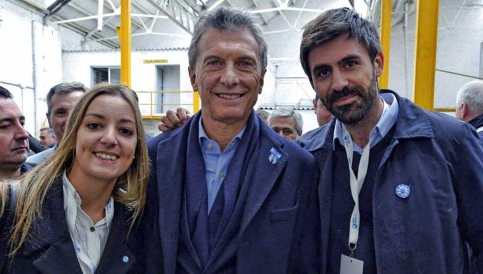 Fiorini y Ricchini, junto a Macri.