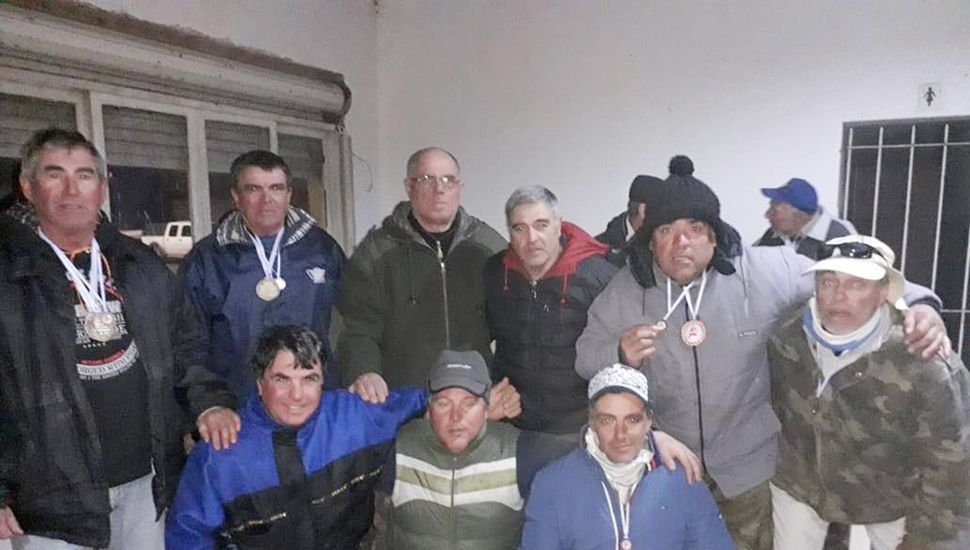 Representantes del Club Cazadores de Junín.
