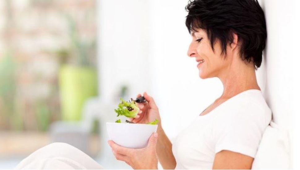 Las mujeres solteras y divorciadas son más saludables que las casadas, según la ciencia