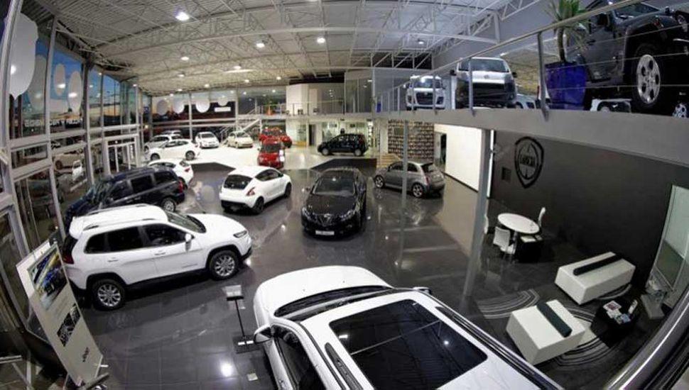 El patentamiento de vehículos cayó un 52% el mes pasado