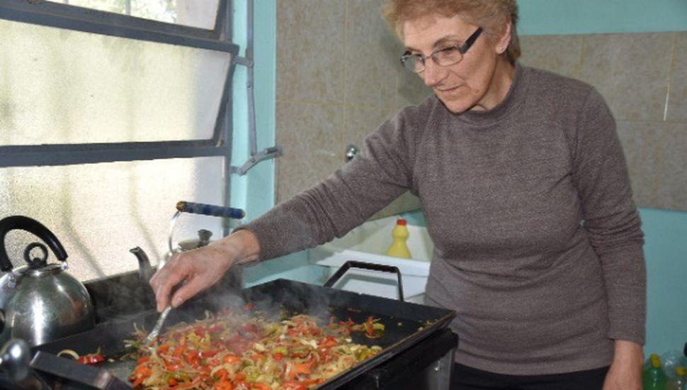 """""""Lo de Hasna"""", el exitoso emprendimiento gastronómico de La Angelita"""
