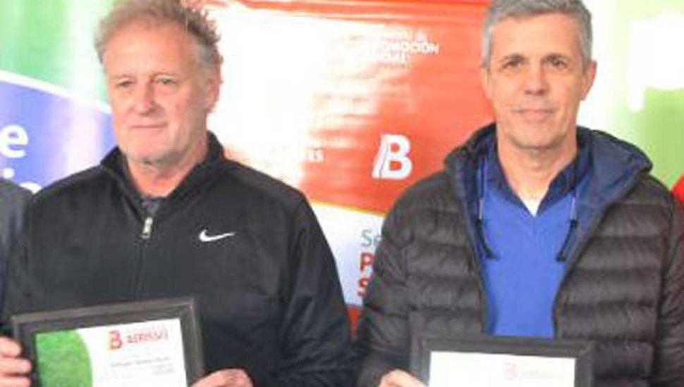 Adrián Domenech (izquierda) y Alejandro Kohan brindarán hoy la jornada de capacitación sobre fútbol infantil.