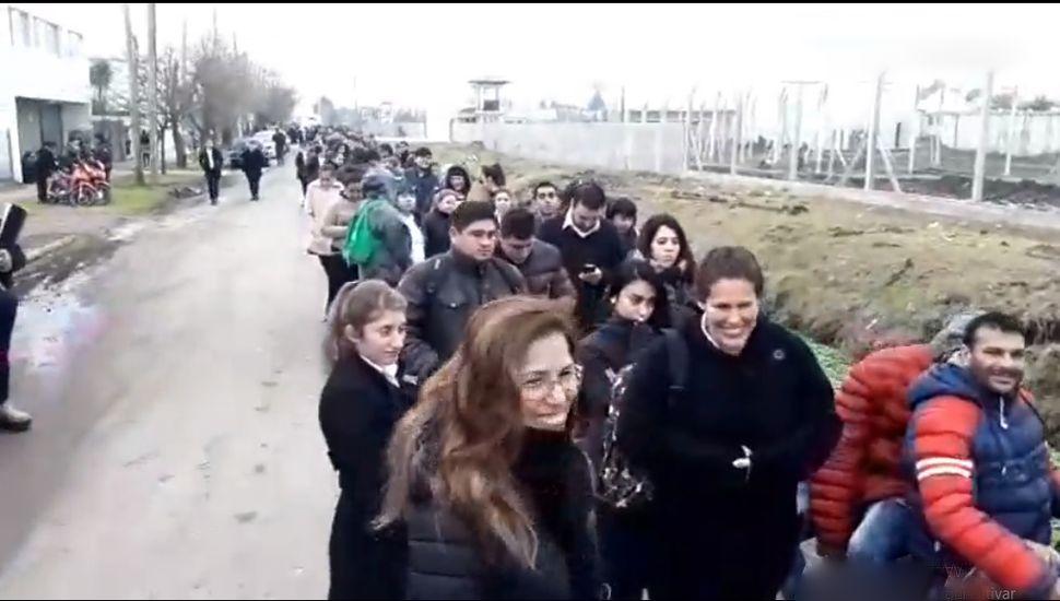 Tras el aluvión de jóvenes en la cárcel de Olmos, cancelaron la inscripción en el Servicio Penitenciario Bonaerense