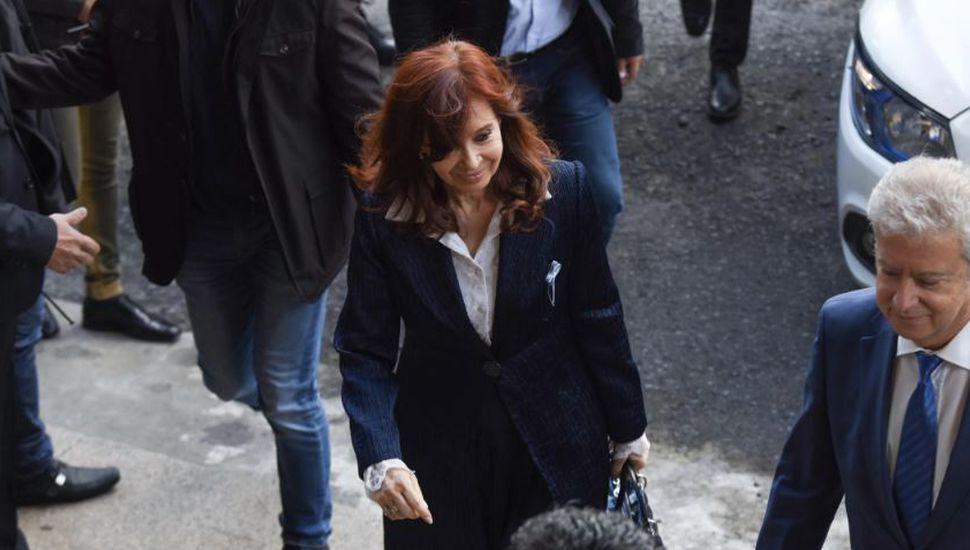 Cristina Kirchner pidió autorización para no asistir a la próxima audiencia del juicio oral y público