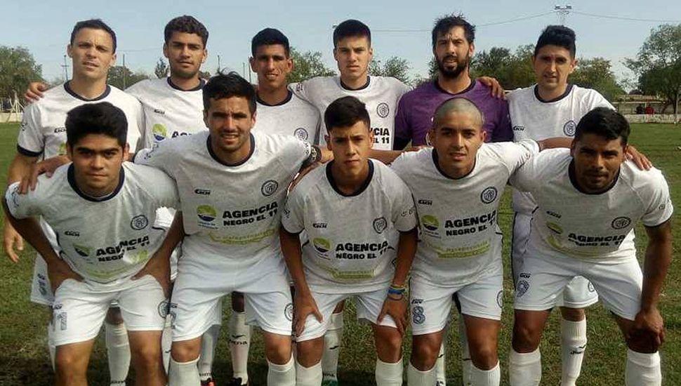 Equipo del Club Atlético Pintense que derrotó por la mínima diferencia como local a los