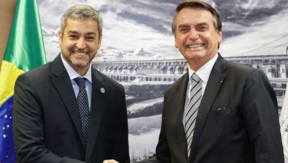 Abdo zafó del juicio tras anular el pacto con Bolsonaro