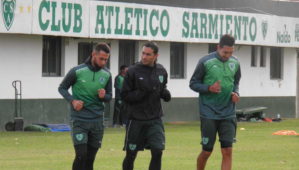Nicolás Miracco, Lucas Landa y el juvenil Bruno Rodriguez.