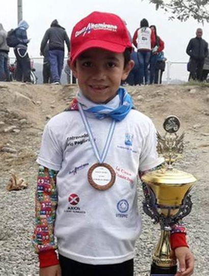 El juvenil biker de nuestra ciudad, Agustín Herrera Coria, concluyó tercero en categoría 2011/2012.