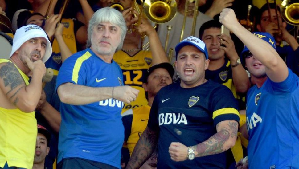 Di Zeo, Mauro Martín y otros barras de Boca, afuera de las canchas por cuatro años