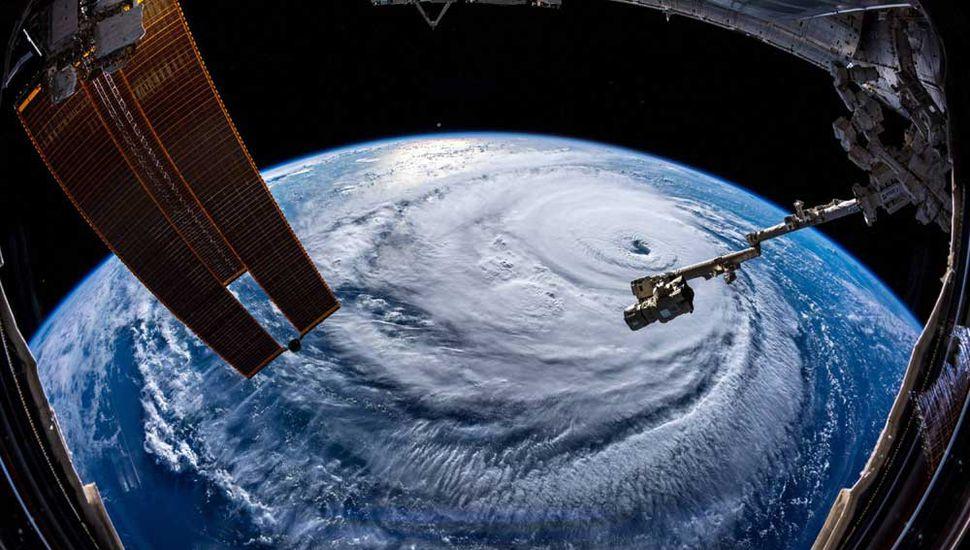 El huracán Florence pone  en situación de emergencia a cinco Estados de EE. UU.