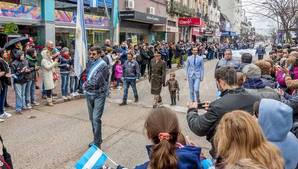 Habrá desfile cívico militar por el Día de la Independencia.