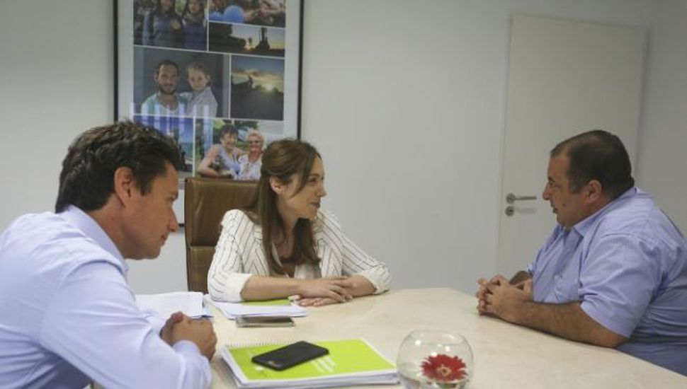 Vidal recibió a docente bonaerense seleccionado como uno de los 50 mejores del mundo