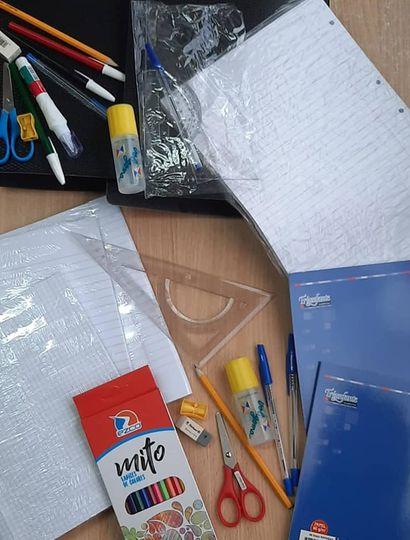 Kits para ayudar a estudiantes.