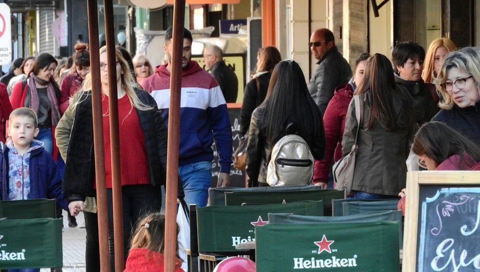 Buena asistencia de público a la primera jornada del Big Sale, que continúa hoy.