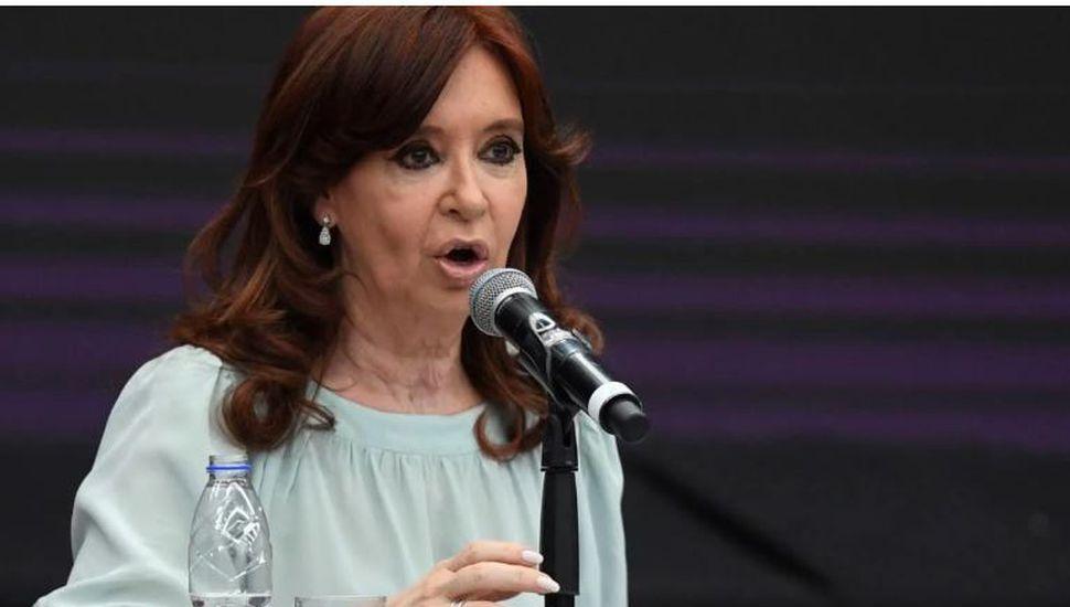 """Cristina Kirchner: """"Exigimos el inmediato esclarecimiento del hecho"""""""