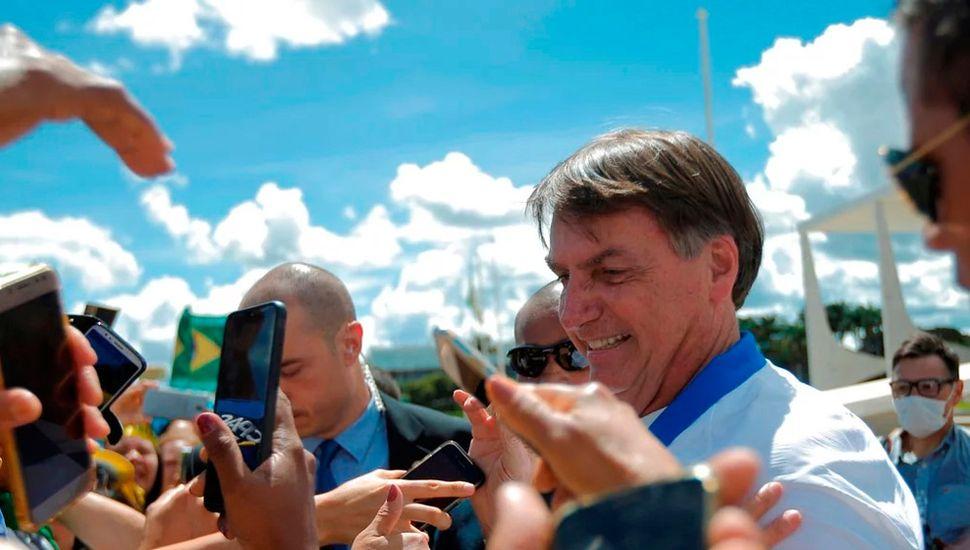 Por los comentarios de su hijo, Jair Bolsonaro debió llamar a China