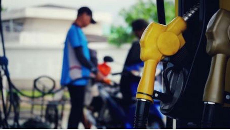 El Gobierno postergará una suba de impuestos para evitar un nuevo aumento en las naftas