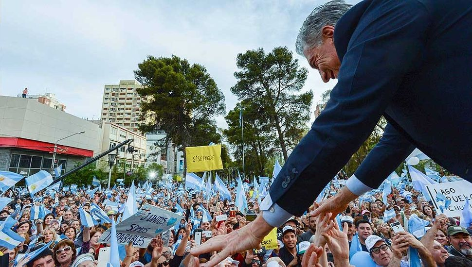 """Macri encabeza en Mar del Plata la marcha del """"Sí, se puede"""""""