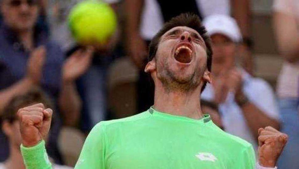 Leonardo Mayer festeja. Ayer avanzó en Francia y enfrentará a Roger Federer.