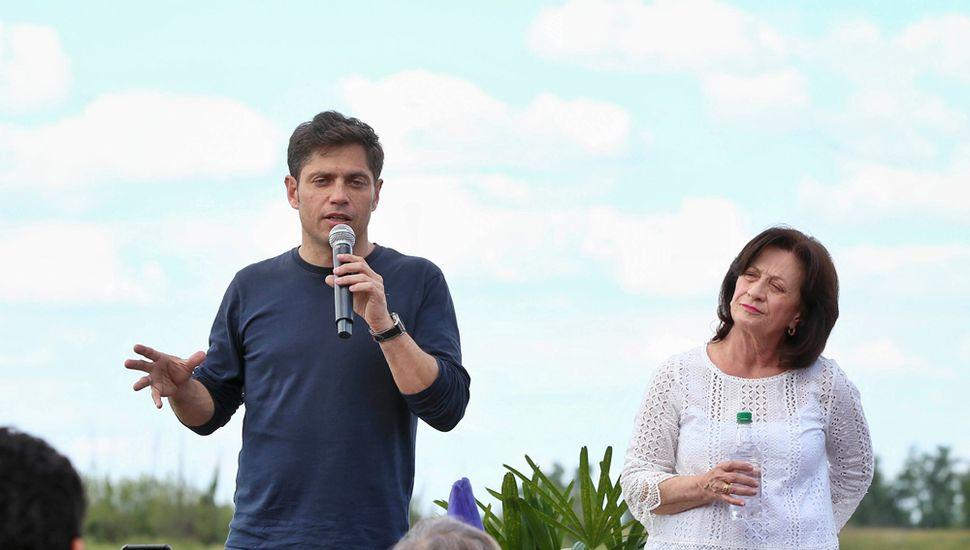El candidato a gobernador del Frente de Todos, Axel Kicillof, visitó ayer Baradero, San Nicolás y San Pedro.