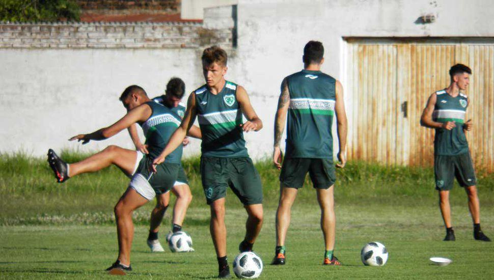 José Tomino en uno de sus últimos entrenamientos con el Verde.