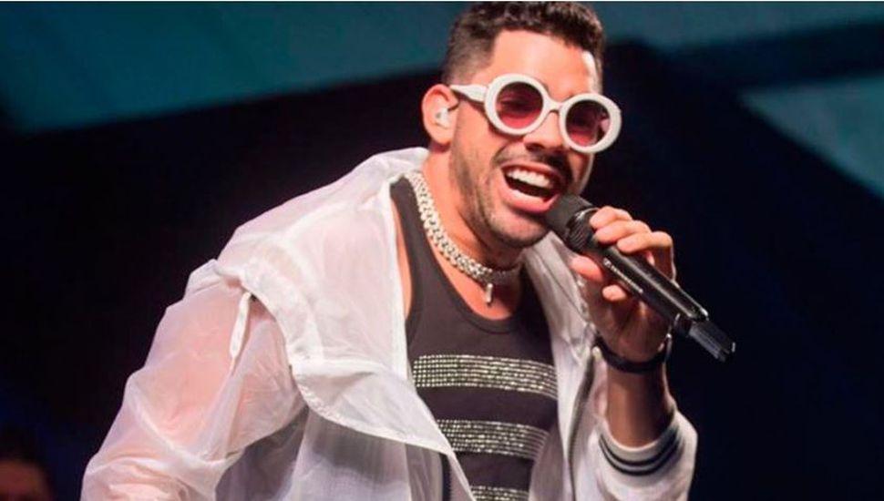 Conmoción en Brasil: murió un famoso cantante tras caer el avión que lo trasladaba