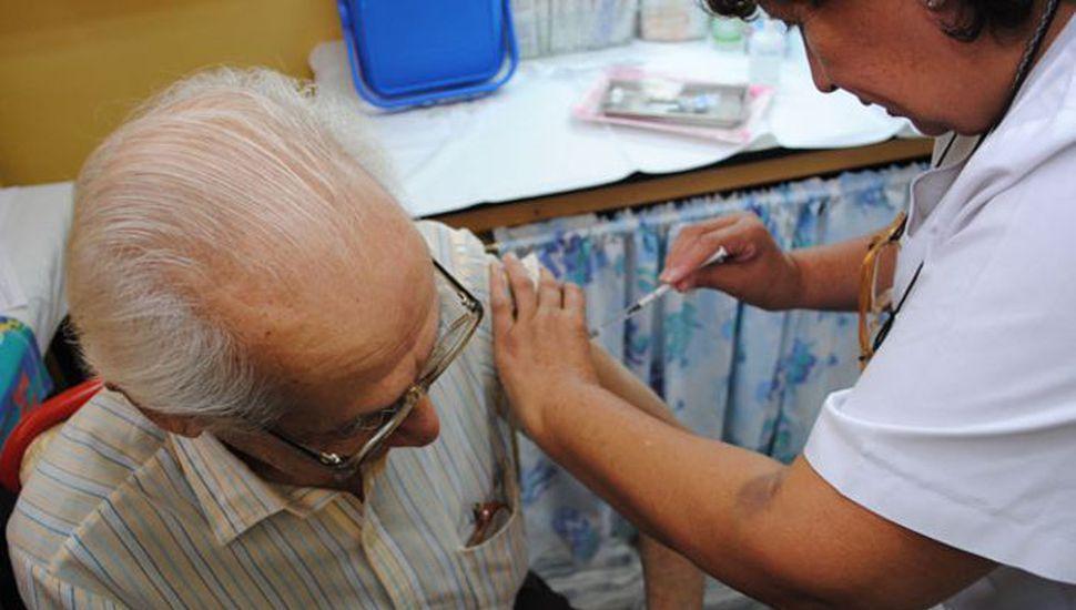 Comenzó la campaña de vacunación antigripal gratuita en Rojas